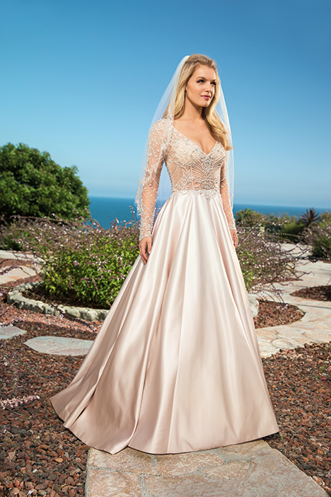 Cassandra gown from the 2019 Casablanca Bridal collection, as seen on dressfinder.ca