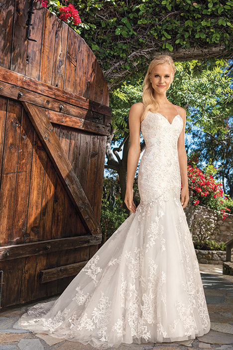 Lilian Wedding                                          dress by Casablanca Bridal