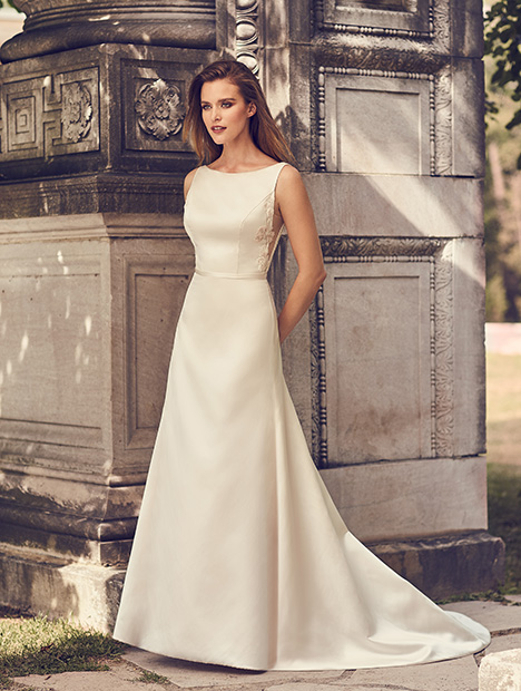 2230 Wedding                                          dress by Mikaella