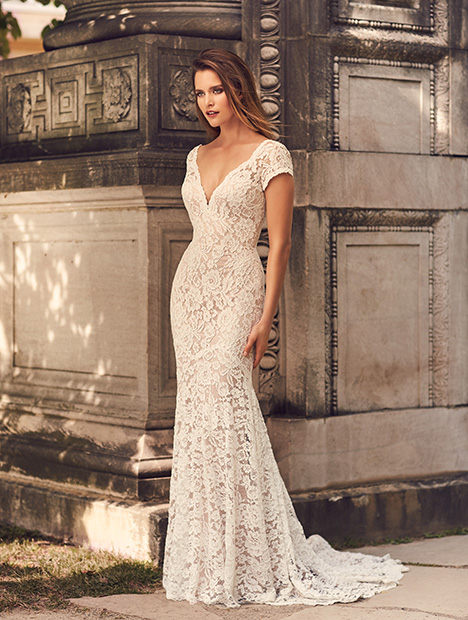 2233 Wedding                                          dress by Mikaella