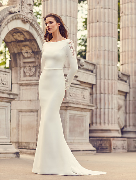 Style 2237 gown from the 2019 Mikaella collection, as seen on dressfinder.ca