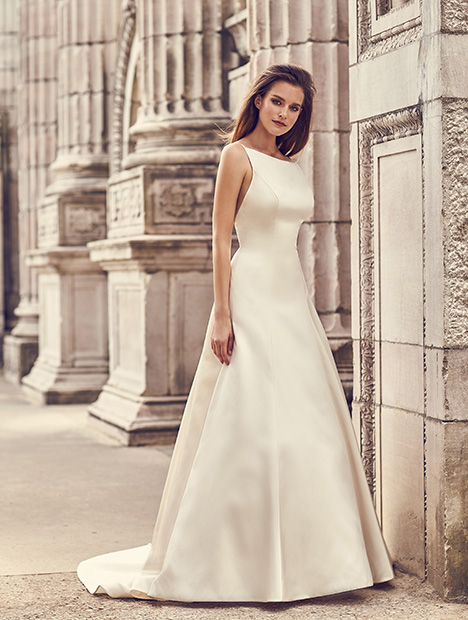 2238 Wedding                                          dress by Mikaella
