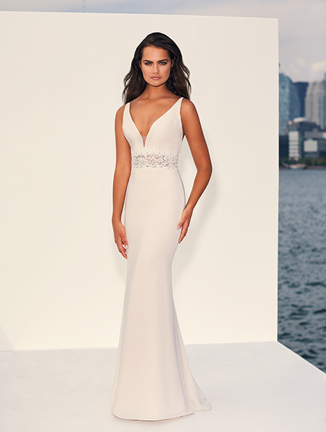 Style 4837 gown from the 2019 Paloma Blanca collection, as seen on dressfinder.ca
