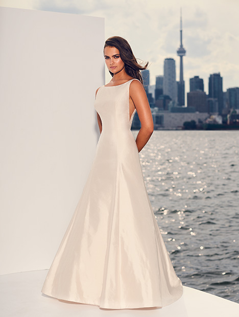 4844 Wedding                                          dress by Paloma Blanca
