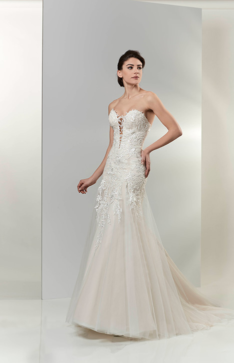 AT4718 Wedding                                          dress by Venus Bridal: Angel & Tradition
