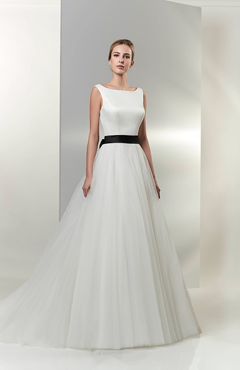 AT6668 Wedding                                          dress by Venus Bridal: Angel & Tradition