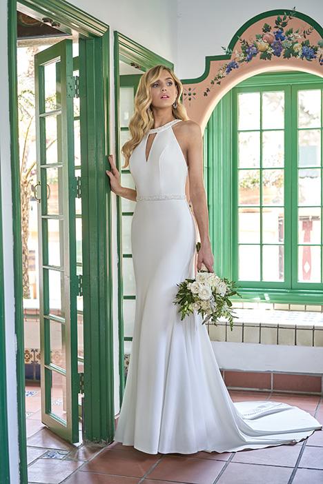 F211001 Wedding                                          dress by Jasmine Collection
