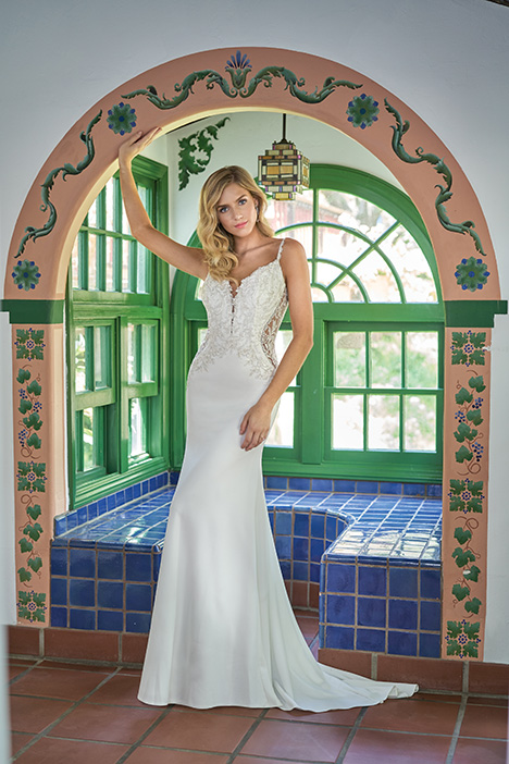 F211002 Wedding                                          dress by Jasmine Collection