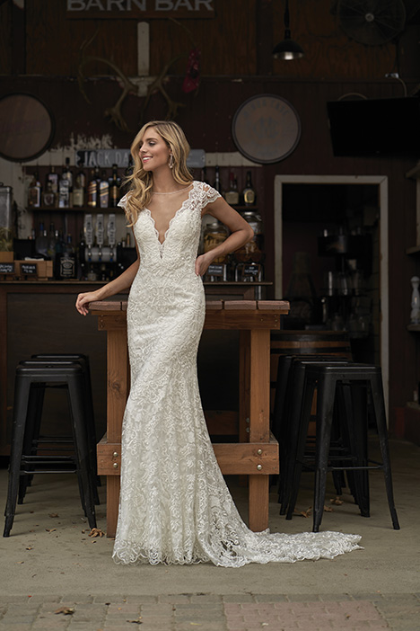 F211007 Wedding                                          dress by Jasmine Collection