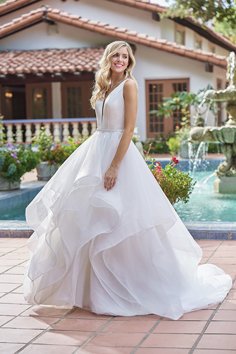 F211015 Wedding                                          dress by Jasmine Collection