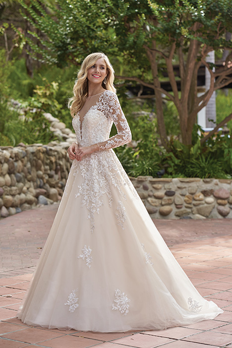 F211016 Wedding                                          dress by Jasmine Collection