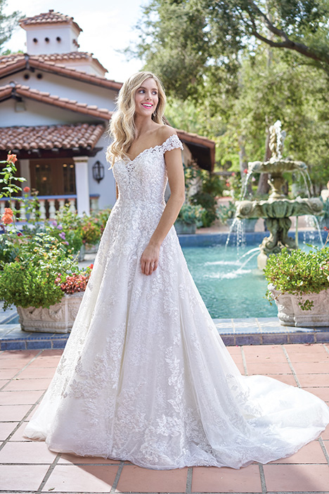 F211017 Wedding                                          dress by Jasmine Collection