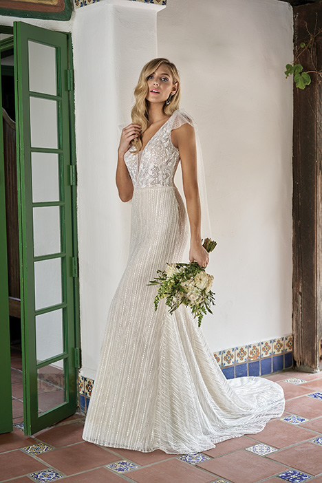 F211018 Wedding dress by Jasmine Collection