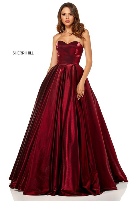 52456 gown from the 2019 Sherri Hill collection, as seen on dressfinder.ca