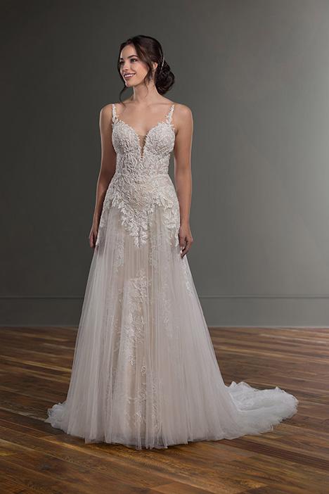 1087 Wedding                                          dress by Martina Liana