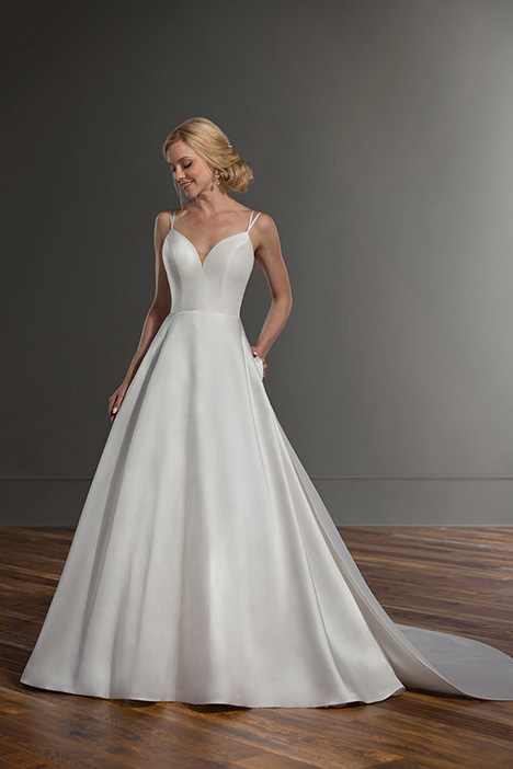 1088 Wedding                                          dress by Martina Liana