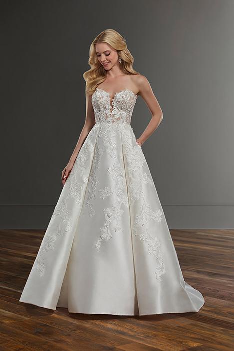 1095 Wedding                                          dress by Martina Liana