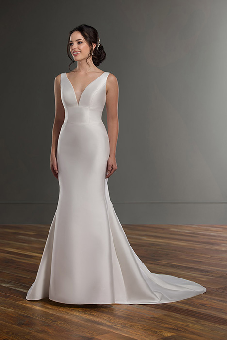 1098 Wedding                                          dress by Martina Liana