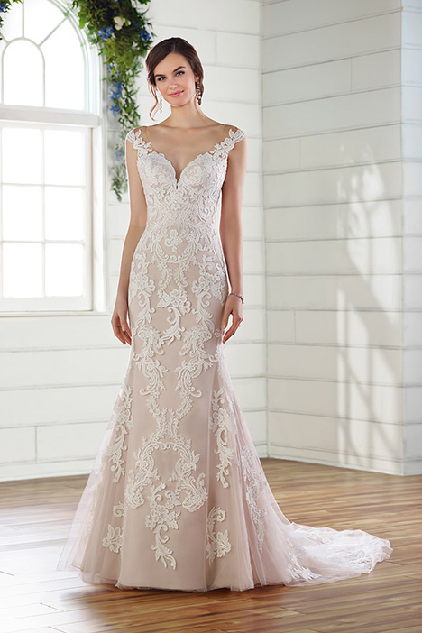 D2616 Wedding                                          dress by Essense of Australia