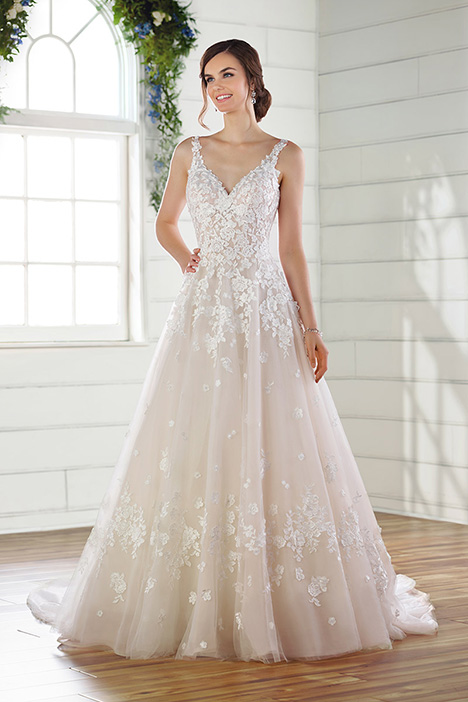 D2684 Wedding                                          dress by Essense of Australia