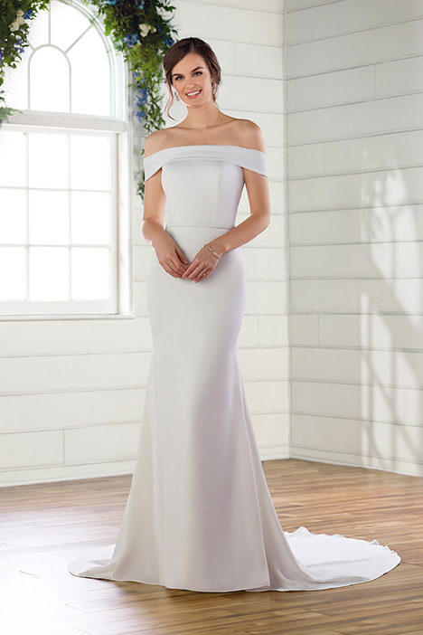 D2717 Wedding                                          dress by Essense of Australia