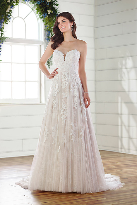 D2752 Wedding                                          dress by Essense of Australia