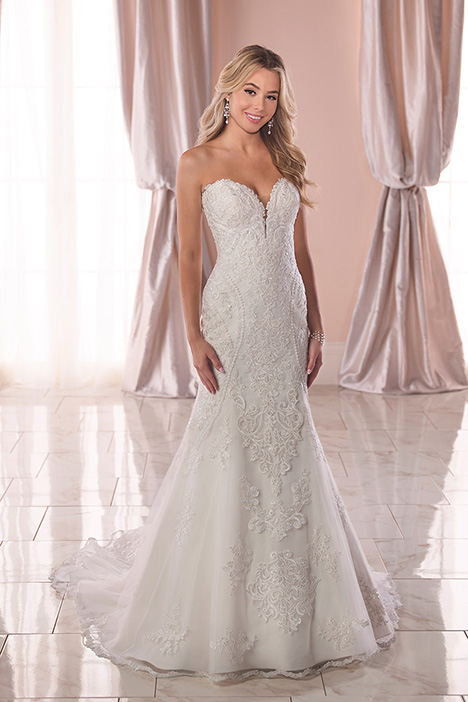 6716 Wedding                                          dress by Stella York