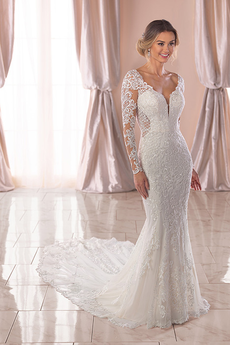 6729 Wedding                                          dress by Stella York