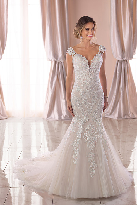 6731 Wedding                                          dress by Stella York