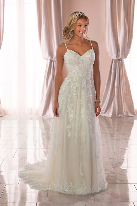 6744 Wedding                                          dress by Stella York