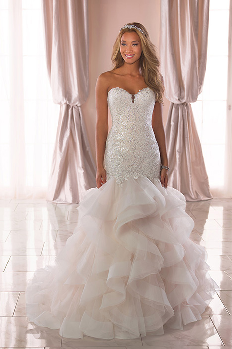 6750 Wedding                                          dress by Stella York
