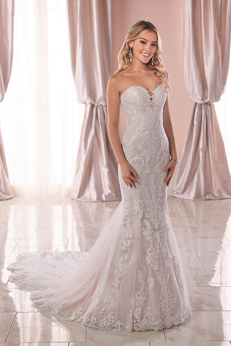 6753 Wedding                                          dress by Stella York