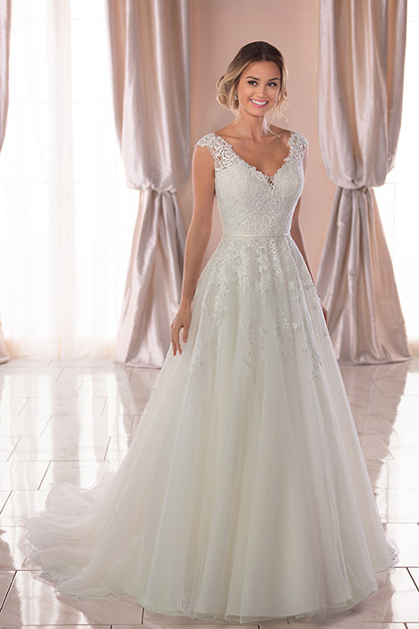 6760 Wedding                                          dress by Stella York