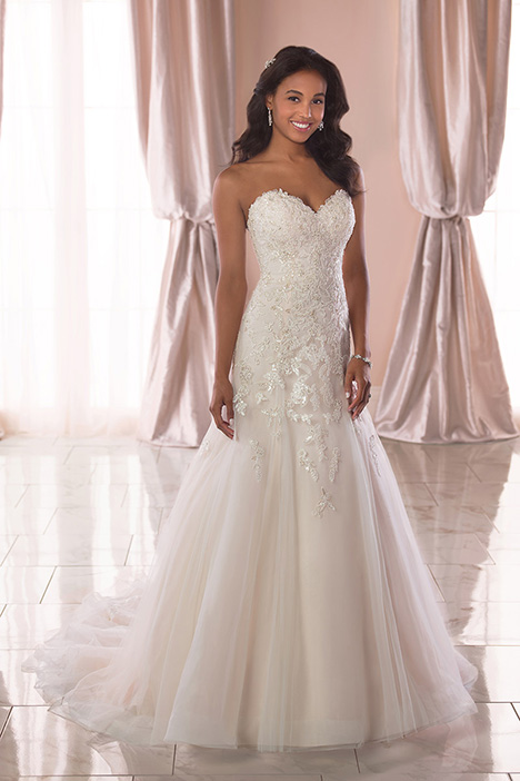 6764 Wedding                                          dress by Stella York