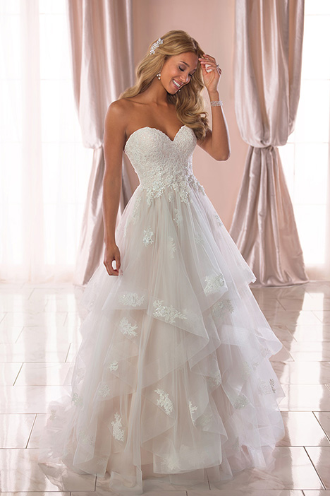 6765 Wedding                                          dress by Stella York