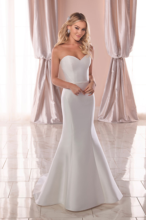6774 Wedding                                          dress by Stella York
