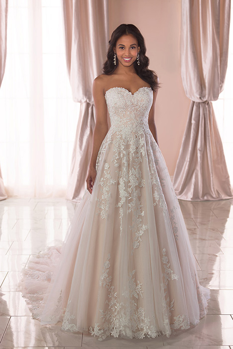 6776 Wedding                                          dress by Stella York