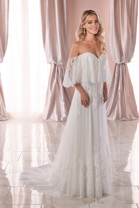 6810 Wedding                                          dress by Stella York