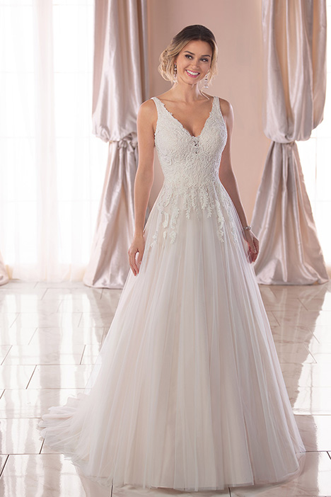 6821 Wedding                                          dress by Stella York
