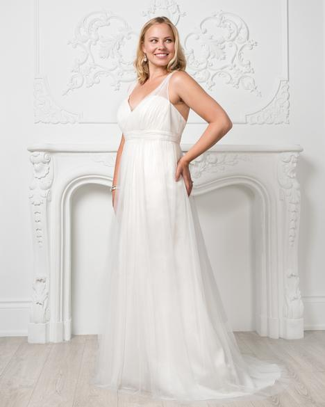 8228W Wedding                                          dress by Romantic Bridals: Curvy Bride