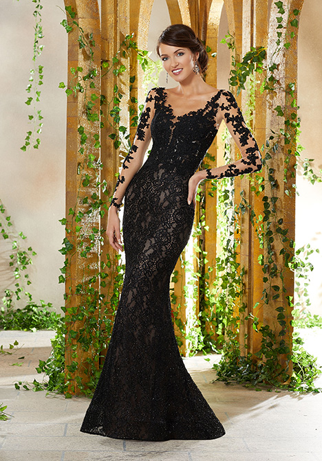 71929 gown from the 2019 MGNY Madeline Gardner collection, as seen on dressfinder.ca