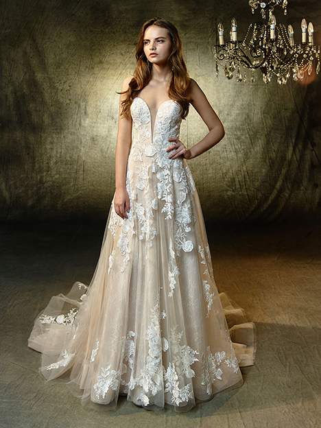 Lila Wedding                                          dress by Blue by Enzoani