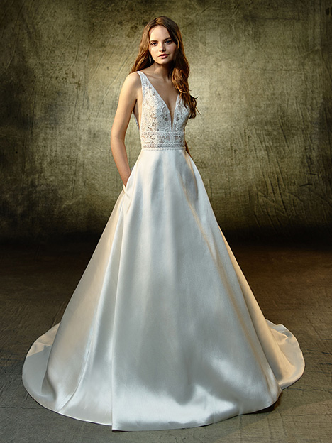 Lilybeth Wedding                                          dress by Blue by Enzoani