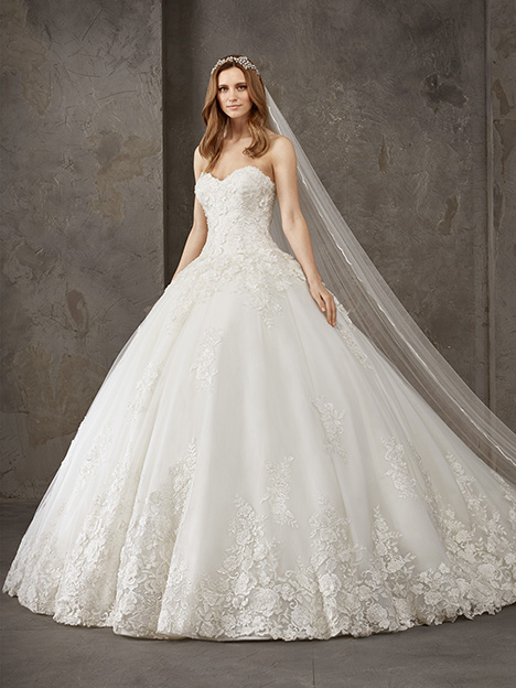 NIL Wedding                                          dress by Pronovias Privée