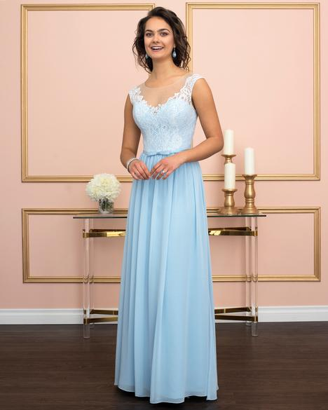 Style 7941 gown from the 2018 Romantic Maids collection, as seen on dressfinder.ca