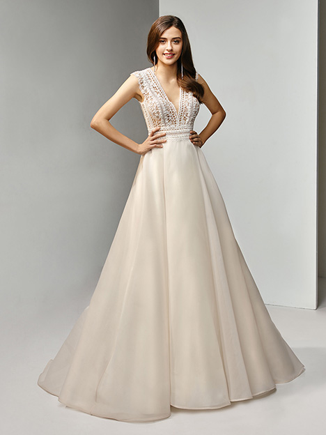 BT19-20 Wedding                                          dress by Enzoani Beautiful Bridal
