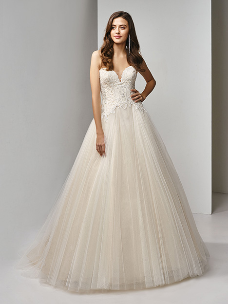BT19-21 Wedding                                          dress by Enzoani Beautiful Bridal