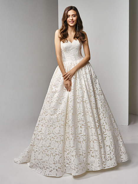 BT19-05 Wedding                                          dress by Enzoani Beautiful Bridal