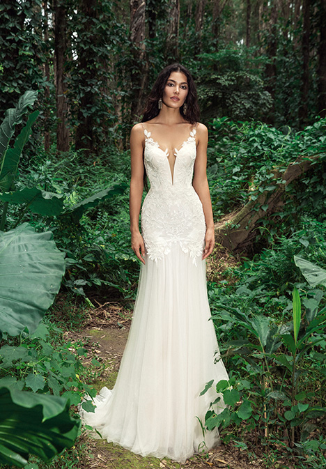 Fauna (901500380) Wedding                                          dress by Chic Nostalgia