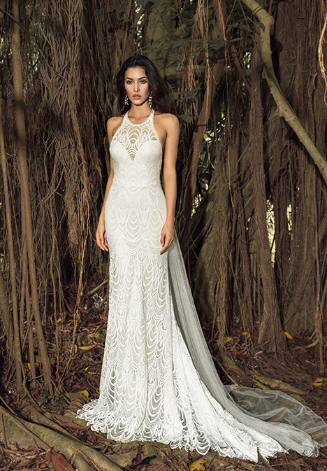 Sable (901500350) gown from the 2019 Chic Nostalgia collection, as seen on dressfinder.ca